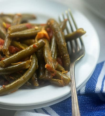 low carb green beans with bacon and tomatoes