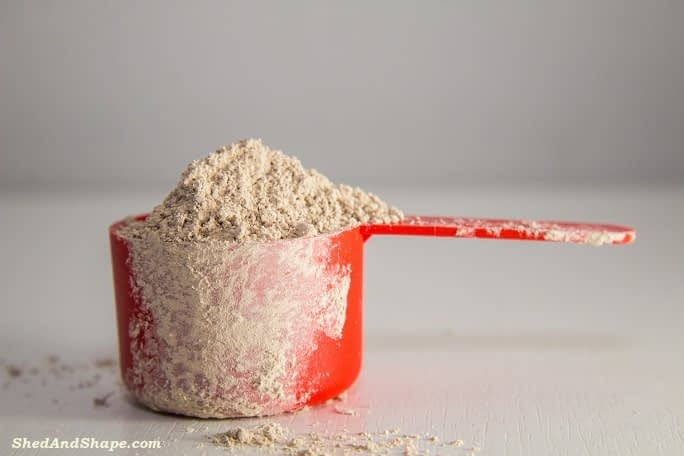 dry scooping protein powder